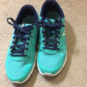 Women's New Balance 575 Cush running shoes